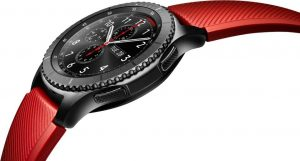 Samsung Gear S3 smart watch looks like a great Christmas present idea.
